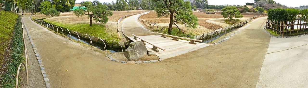 s-20150225 後楽園園内板橋修復完了のワイド風景 (1)