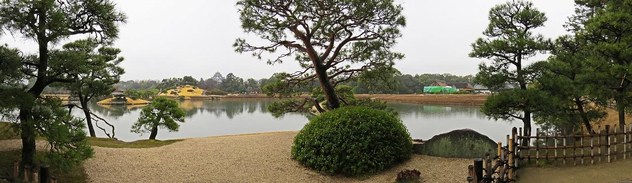s-20150307 後楽園春雨の日の園内沢の池ワイド風景 (1)