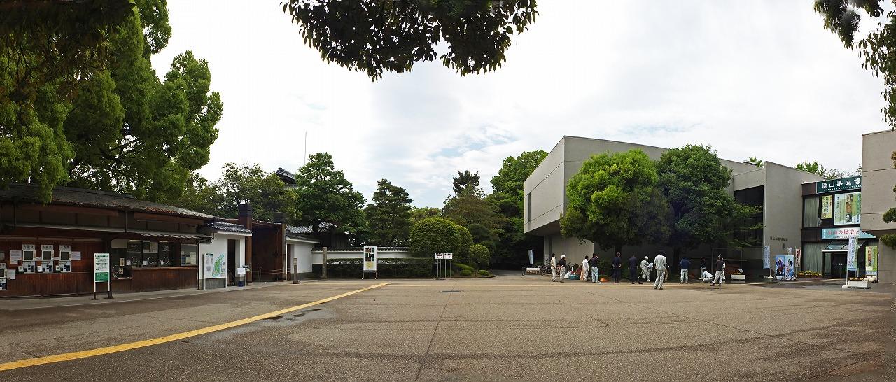 s-20150507 後楽園西玄関前広場の箱庭造園終了の様子ワイド風景 (1)