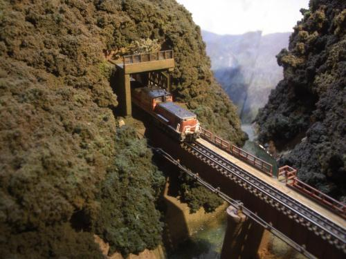 ロックシェッド 鉄道模型 3