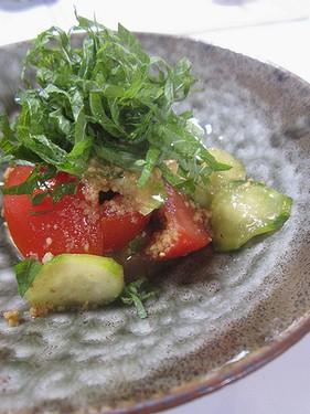 20150628きゅうりとトマトの胡麻しそサラダ