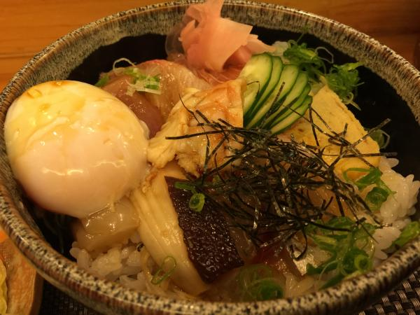 海鮮刺身丼5