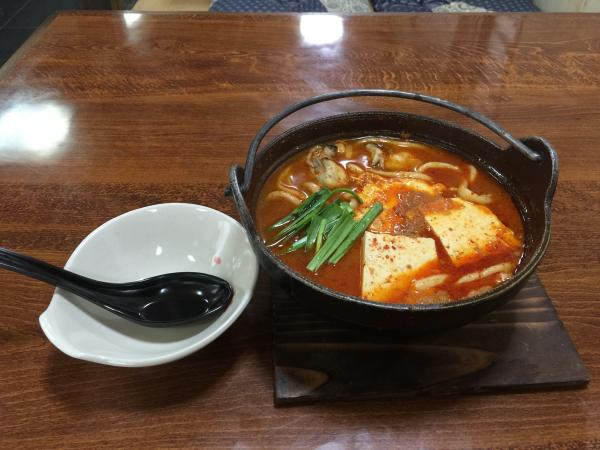 牡蠣と豆腐のチゲ鍋うどん6
