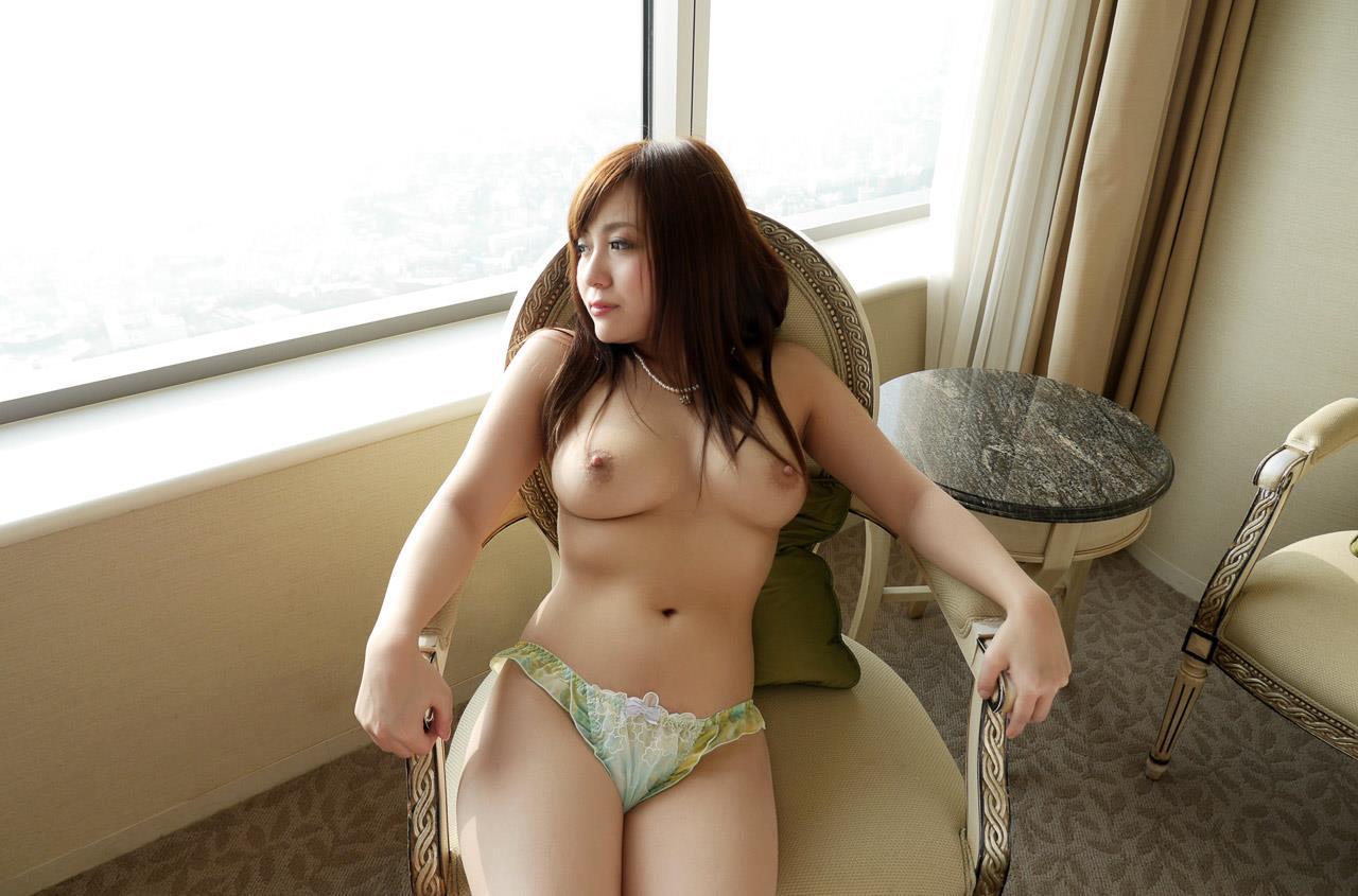 優菜真白引退018