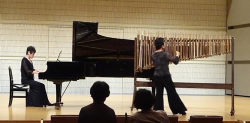 DSC02393アンクルンピアノとアンクルン