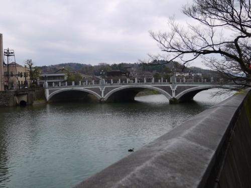 浅野川と浅野川大橋