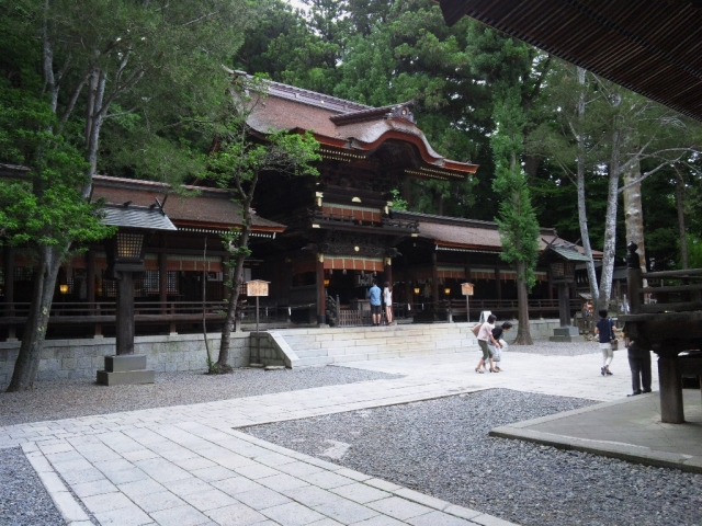 諏訪大社 下社秋宮の参道橋 (8)