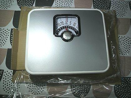 12-28 アナログの体重計2