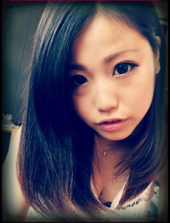 本当にかわいい女の子の自撮り画像をくださいwww01_201509280436582e0.jpg