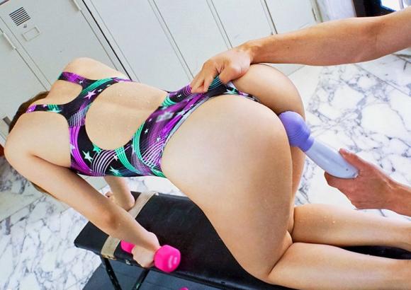【エロ動画】体育大学の現役水泳部の女の子がその肉体美を駆使して快楽を求め乱れる!!!01_201511180703136fc.png