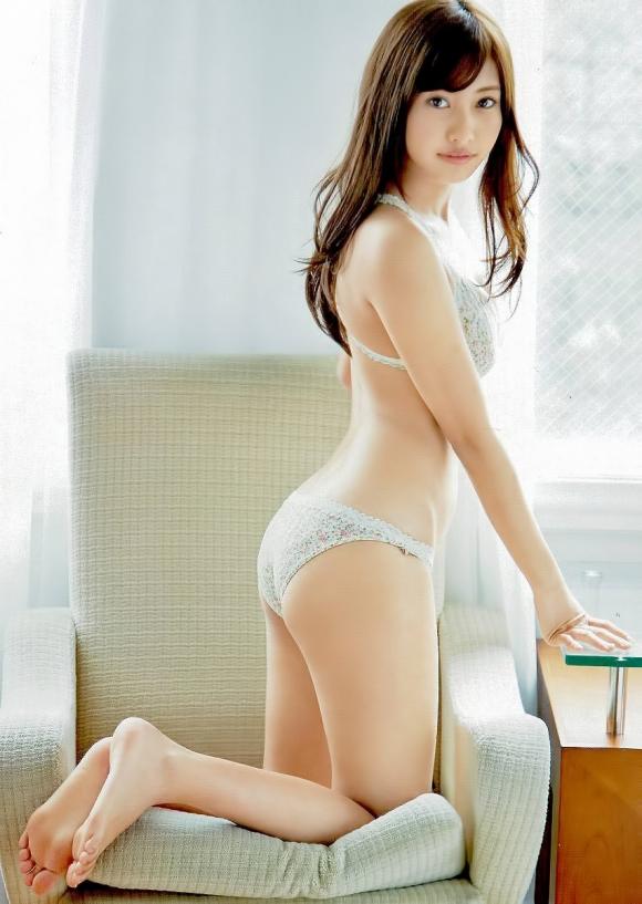 ドラマ版デスノートでミサミサを演じた佐野ひなこちゃんがこんなにかわいいのにこんなにおっぱいが大きい件・・・・・03_20151109053459cf1.jpg