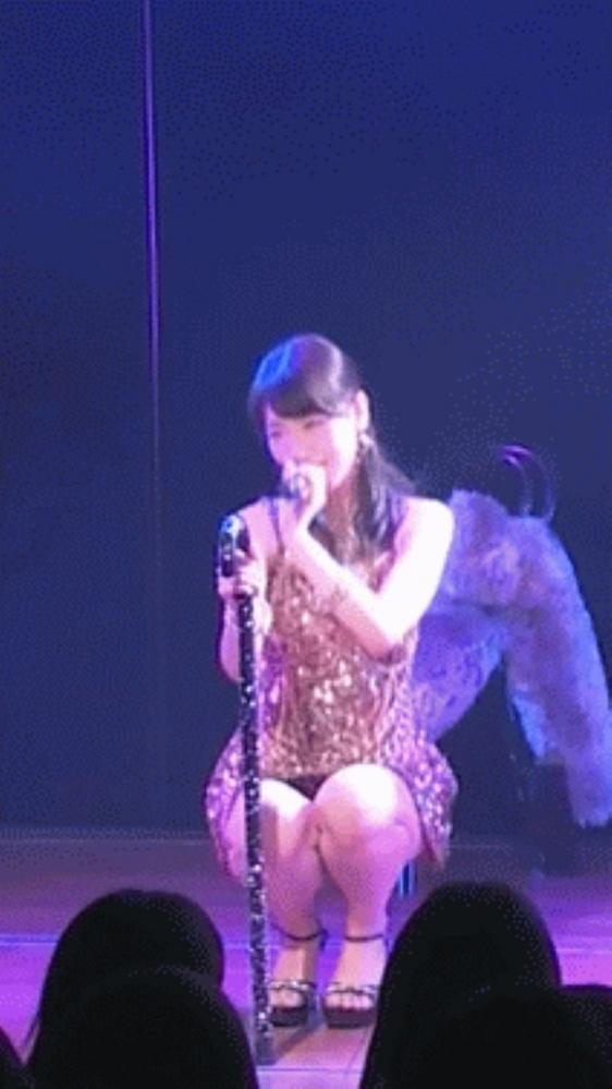 AKB48ゆきりんのドエロ過激開脚画像があったwww05_2015101419210854b.jpg