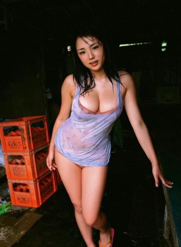 とってもエロい篠崎愛ちゃんのむっちりGカップボディを堪能しようwww②08_20151007012526681.jpg