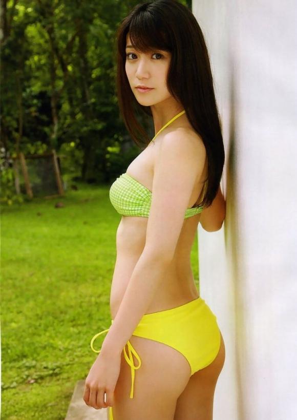 元AKB48大島優子が半ケツ手ブラのエロ画像を量産してる件www12_20151027023535a29.jpg