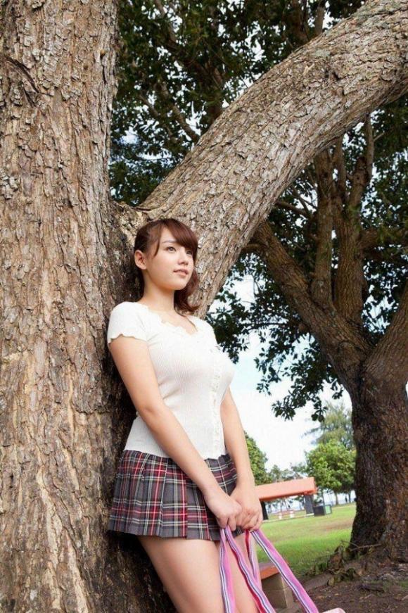 とってもエロい篠崎愛ちゃんのむっちりGカップボディを堪能しようwww15_201509300041328bb.jpg