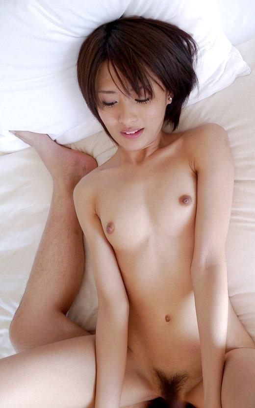女が好きな体位第1位の正常位エロ画像③21_20150916031118f8d.jpg