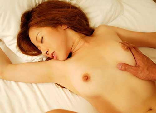 女が好きな体位第1位の正常位エロ画像③30_201509160312534f0.jpg