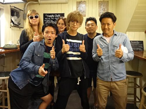 TomoruSanAndHisCrew.jpg