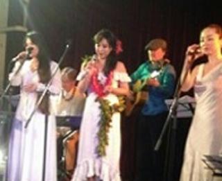ラッツパック・レコード アネラ(Anella)平成のハワイアン三人娘に出演