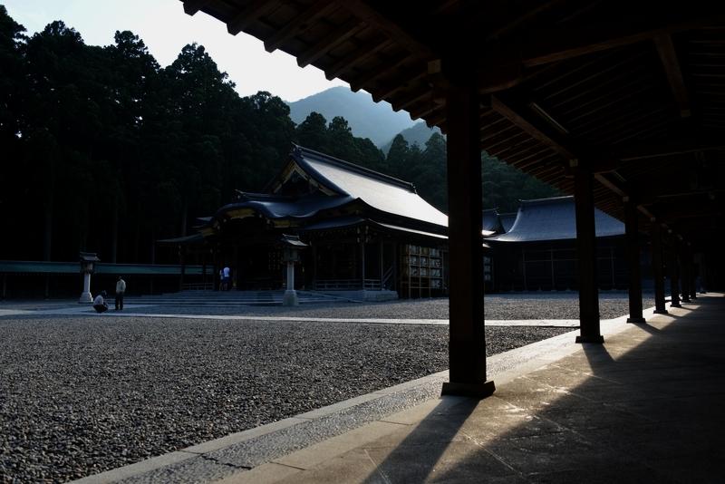 弥彦神社 夕方-9