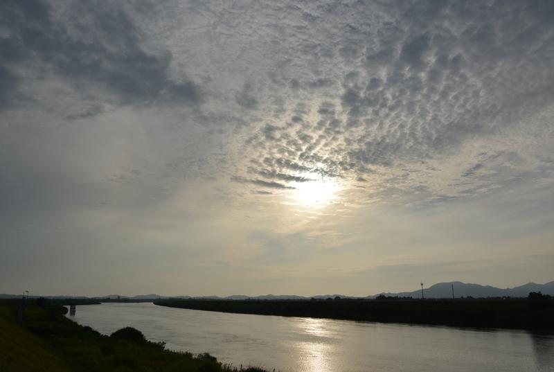 雨を呼ぶ雲-2