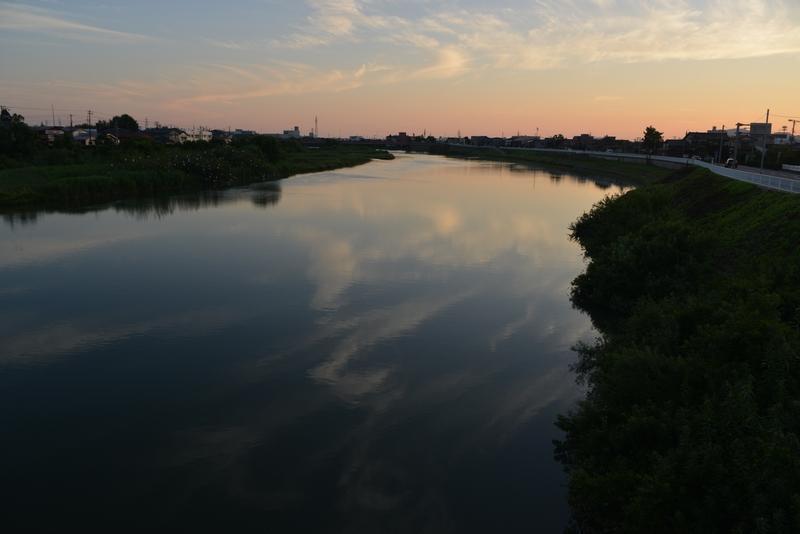 川の夕暮れ-5