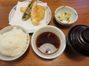 櫻定食 940円(税込)