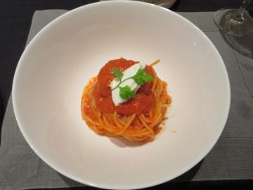 トマトのスパゲッティ 1600円