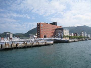 門司港ホテル海側から
