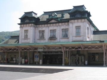 改修工事に入る前の門司港駅