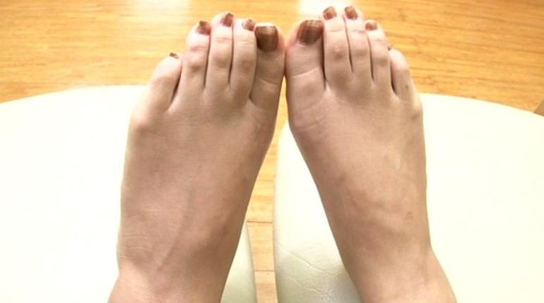 美少女の足裏 18の脚フェチDVD画像4