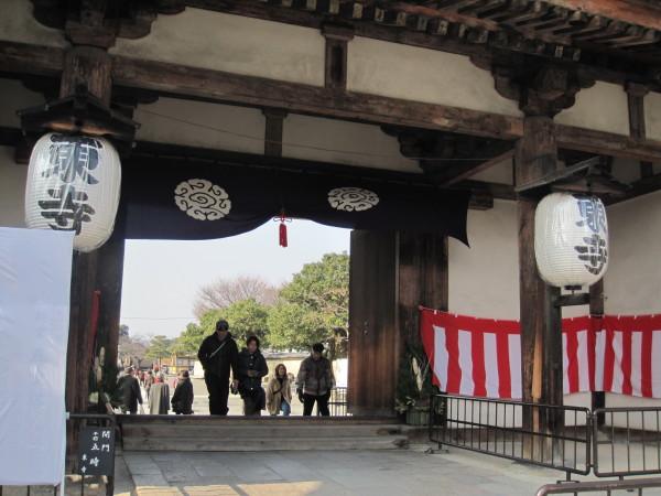 東寺の山門