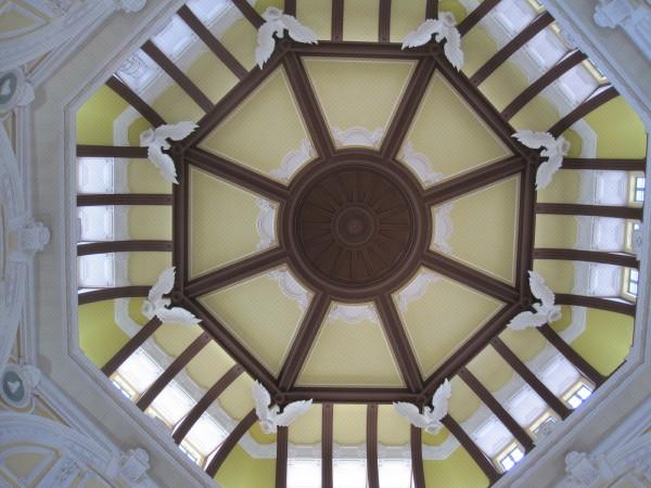 八角形のドーム
