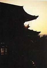 東本願寺大門