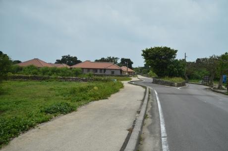 2集落の入口