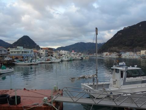 36下田の町下田漁港