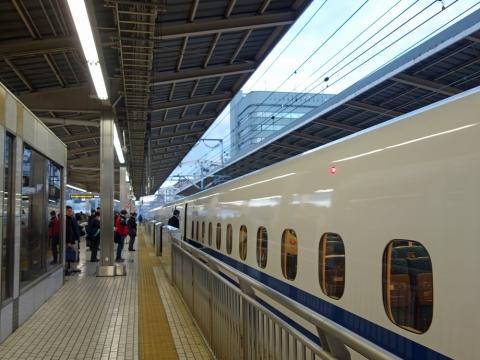 01新横浜こだま