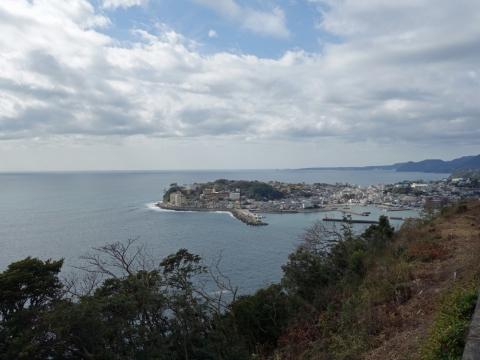 06稲取港