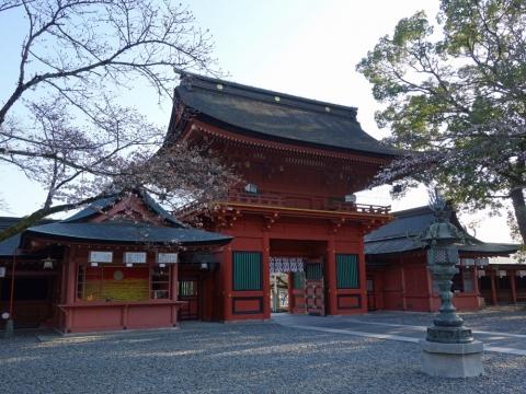 27富士山本宮浅間大社 楼門