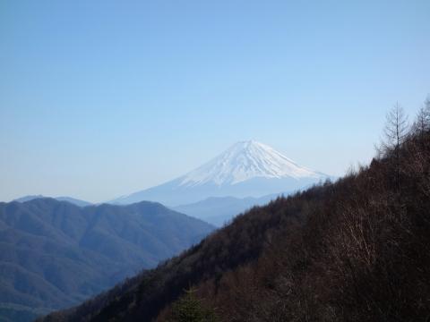 26柳沢峠の富士山