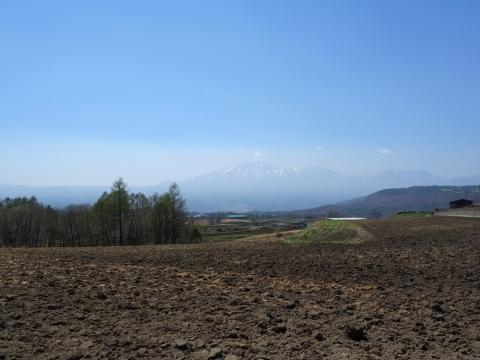 17嬬恋村から浅間山