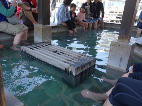 19草津の足湯