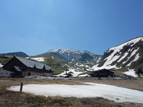 04白根山へ:ロープウェイ山麓駅