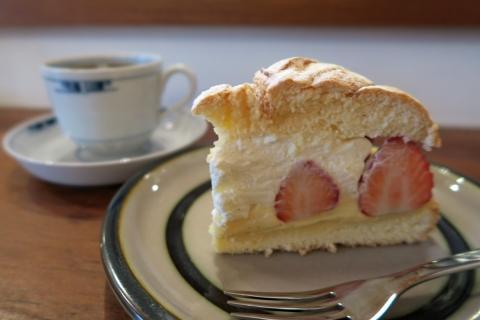 01イチゴのケーキ