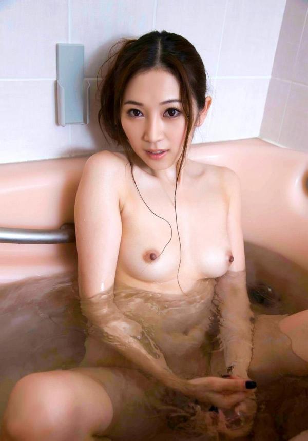 綺麗なおっぱい7372.jpg