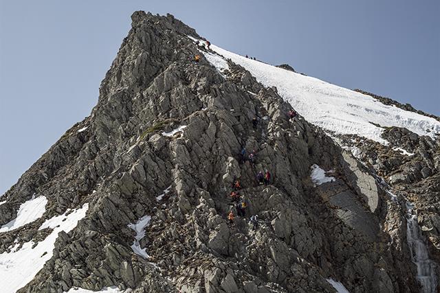 150503 岩峰