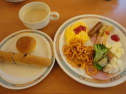三日月 朝食