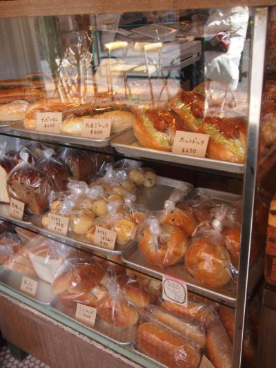 店内(大平製パン)