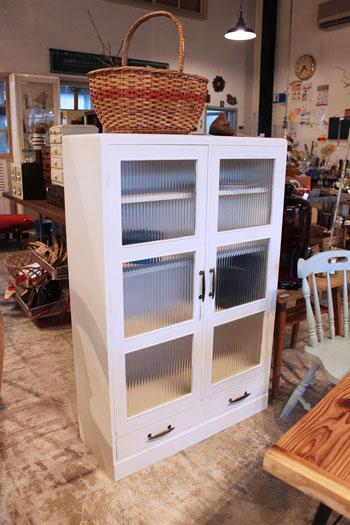 ペイント リメイク モールガラス キャビネット 食器棚