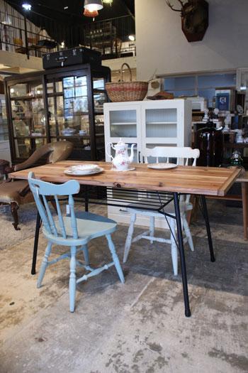 テーブル アイアン脚 木製天板 アンティーク風 カフェ